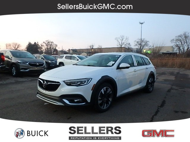 New 2019 Buick Regal Tourx Essence 5d Wagon In Farmington Hills