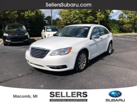 Pre-Owned 2014 Chrysler 200 Limited